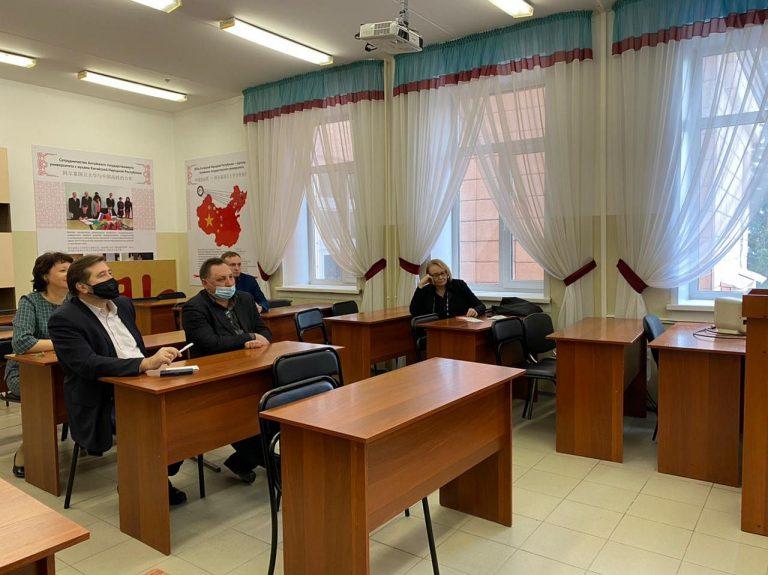 Укрепляя сотрудничество с Санкт-Петербургским политехническим университетом Петра Великого