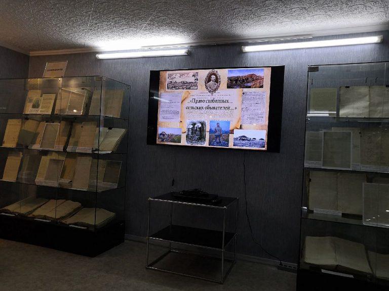 Студенты ИИМО на выставке в ГААК